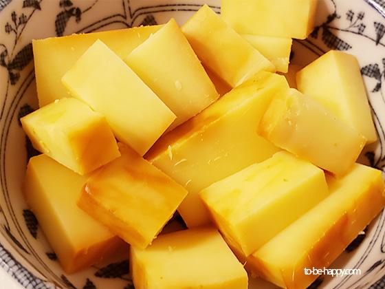 おすすめ 燻製シートで包んだチーズ